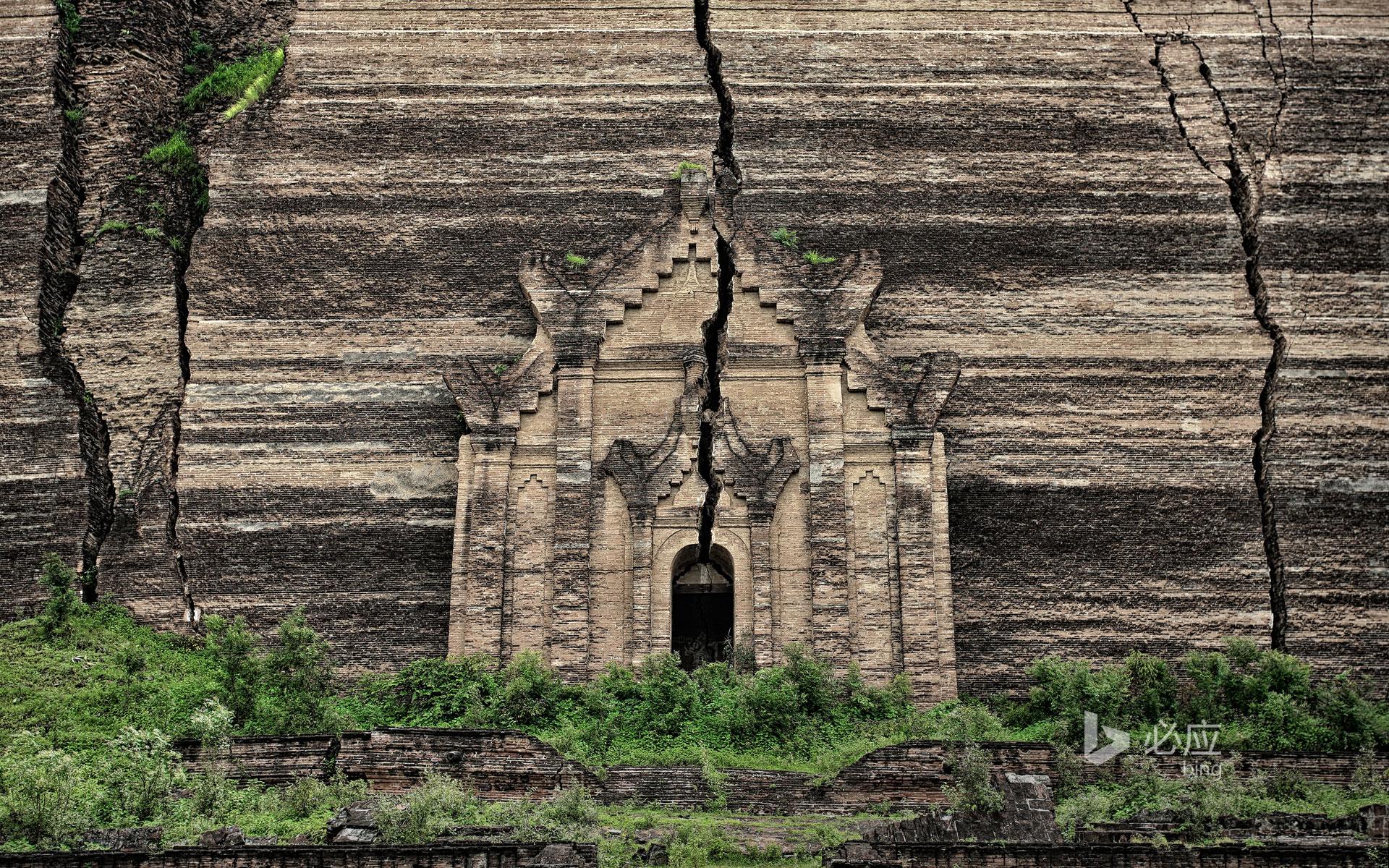 缅甸敏贡古城的敏贡佛塔遗址